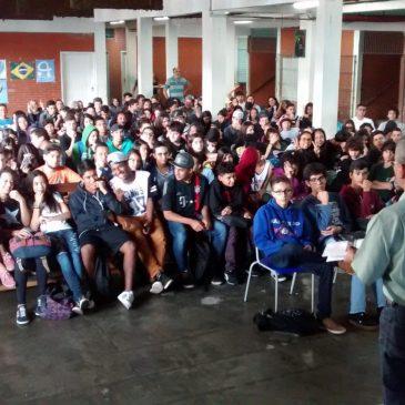 Palestra sobre Dependencia Quimica – Escola Comendador Miguel Maluhy